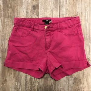 H&M pink shorts